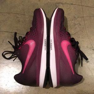 Nike Shoes - Nike Air Zoom Pegasus 34 sz 7 Burgandy Purple Pink